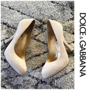 Dolce & Gabbana suede tan nude round toe heels